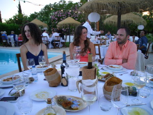 wedding dinner portugal by pool
