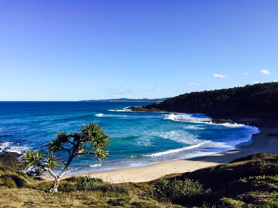 australia coast seen by people who make money while traveling the world