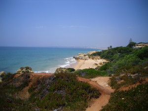 algarve portugal beach cliffs