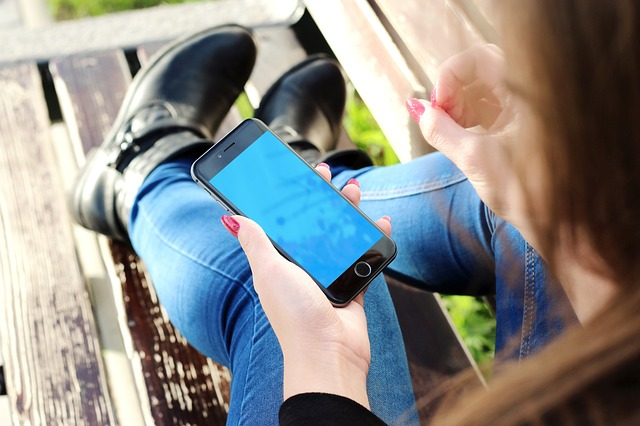 top slow travel blog Half the Clothes recommends asking strangers - like bus drivers - for help instead of counting on your smartphone for better more enriched travels