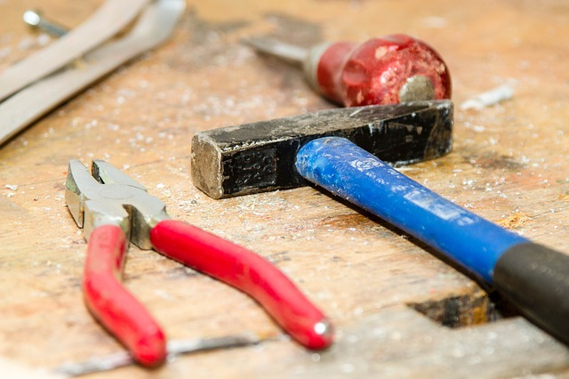 Want to get as close as possible to building a tiny house for free? A tiny house workshop can teach you where to borrow tools and which tools are worth renting vs. buying