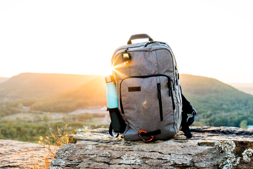 How many cubic inches do I need in a backpack? How big is a 40L backpack? How big is a 30L backpack? Watch as budget travel expert Jema Patterson explains