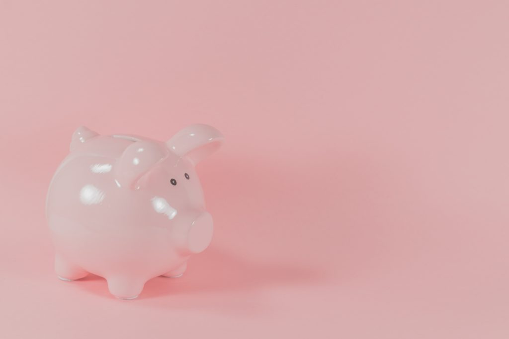early retirement now is possible, even if you just have your piggy bank